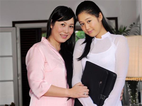 Gia đình NSND Hồng Vân - Lê Tuấn Anh có chàng rể mới ở Mỹ - 7