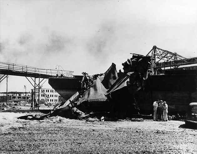 Vụ nổ tàu chết chóc nhất nước Mỹ, thổi bay cả sà lan và máy bay - 5