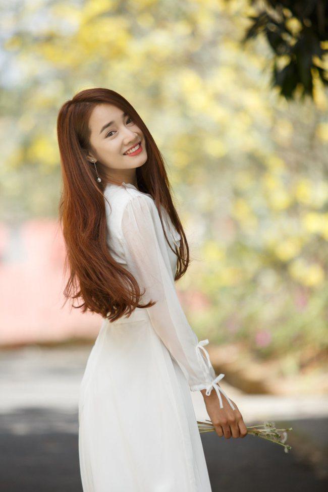"""Nhã Phương vào vai của Song Hye Kyo trong """"Hậu duệ mặt trời"""" bản Việt? - 3"""