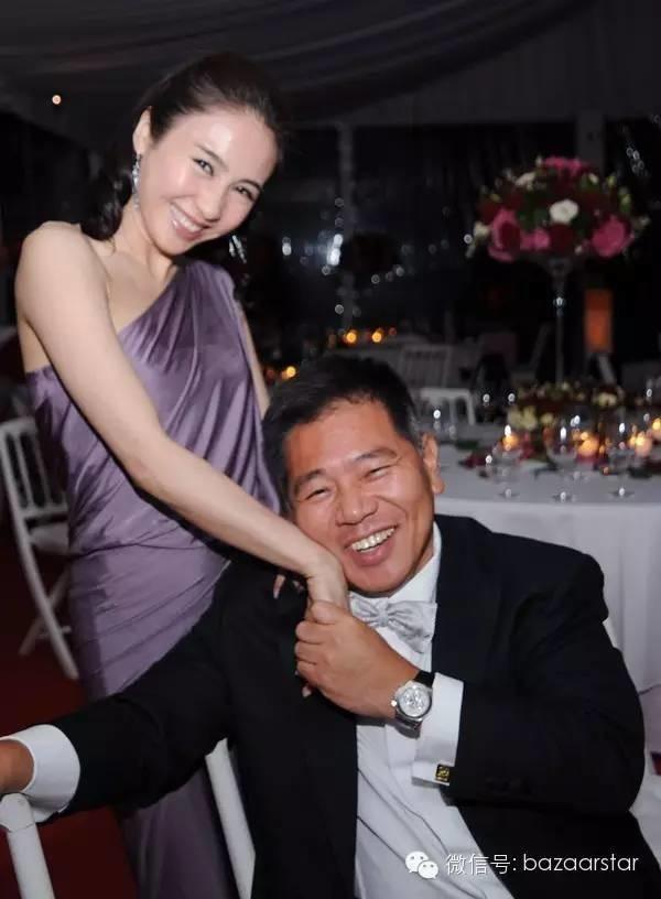 """Hai """"chị dâu Võ Tòng"""" đọ sắc ở sự kiện: U50 vẫn trẻ đẹp nhờ chồng siêu giàu - 12"""