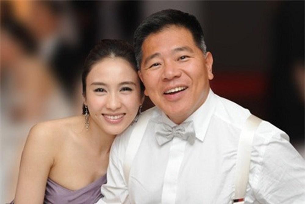 """Hai """"chị dâu Võ Tòng"""" đọ sắc ở sự kiện: U50 vẫn trẻ đẹp nhờ chồng siêu giàu - 9"""