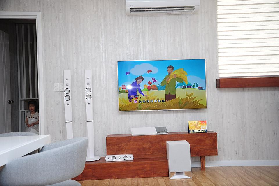 Lâm Hùng tậu căn hộ 4 tỷ, tặng vợ xinh đẹp từ Đà Lạt vào Sài Gòn sống - 4