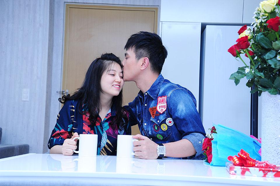 Lâm Hùng tậu căn hộ 4 tỷ, tặng vợ xinh đẹp từ Đà Lạt vào Sài Gòn sống - 12