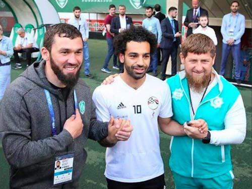"""""""Vua Ai Cập"""" Salah ra tối hậu thư cho Liverpool: Barca & Real """"mừng húm"""" - 3"""