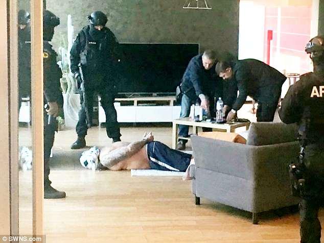 """Anh: Hành trình bắt trùm ma túy ẩn hiện như """"bóng ma"""" suốt 7 năm - 2"""