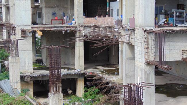 """Cận cảnh hoang tàn của """"thành phố trong mơ"""" giữa lòng Thủ đô - 3"""