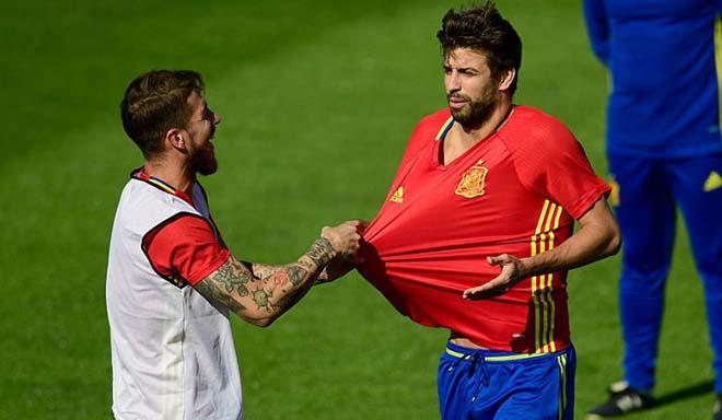 """Chấn động Tây Ban Nha đuổi HLV: """"Đại ca"""" Ramos cầm đầu, lấn át HLV Hierro - 3"""