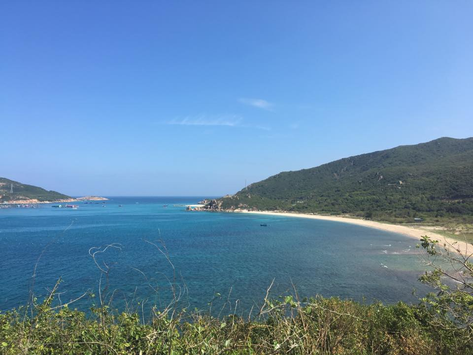 Tận hưởng mùa hè thiên đường trên đảo Bình Hưng - 1