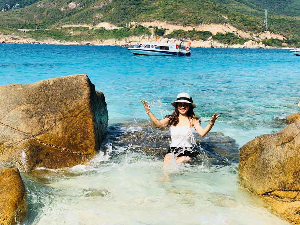 Tận hưởng mùa hè thiên đường trên đảo Bình Hưng - 10