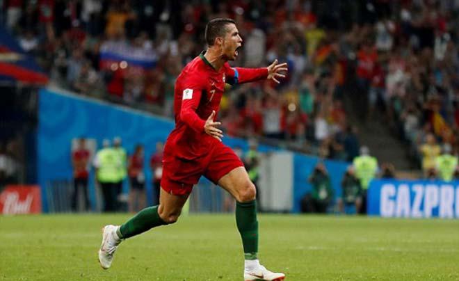"""Ronaldo hat-trick lịch sử World Cup: """"Vua"""" ghi bàn 8 giải lớn, sánh ngang Pele - 1"""