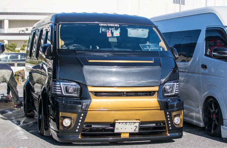 Toyota Hiace độ: Một cách chơi xe van của người Nhật Bản - 10