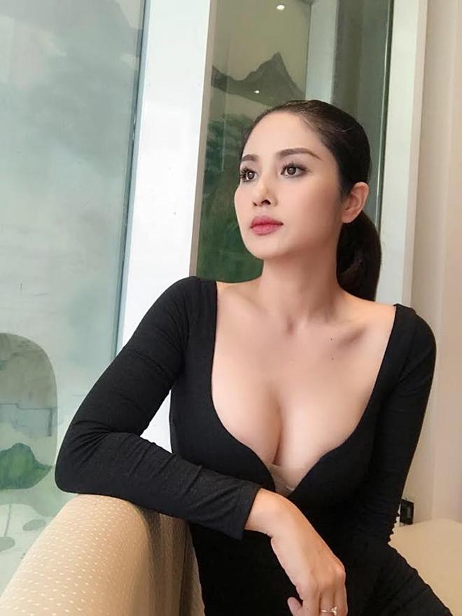 Vợ cũ Phan Thanh Bình ngày càng sexy sau 3 năm ly hôn - 3