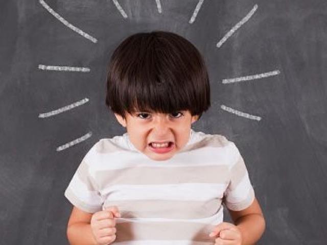 Đừng nghĩ oan là trẻ hư, bạn sẽ giật mình khi hiểu con mình hơn