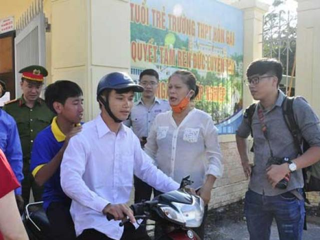 HY HỮU: Thí sinh thi THPT Quốc gia ở Quảng Ninh đến nhầm điểm thi