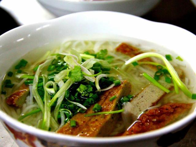 Bún cá lá dầm: món ăn bình dị, hương vị khó quên ở Nha Trang