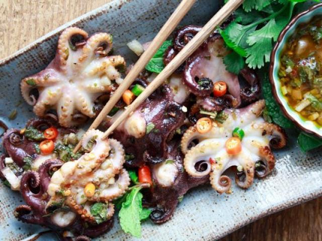 Công thức đặc biệt để làm món bạch tuộc baby nướng ngon tuyệt vời