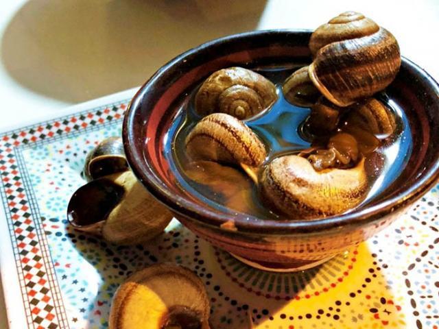 Ốc sên luộc, từ món ăn đường phố đến món ăn cao cấp của người Ma-rốc