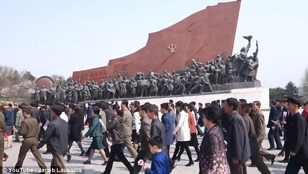 Điều khó đoán khi du lịch đất nước bí ẩn Triều Tiên - 1
