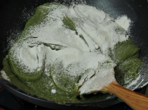 Cách làm bánh Trung thu trà xanh thơm ngon cực đơn giản - 2