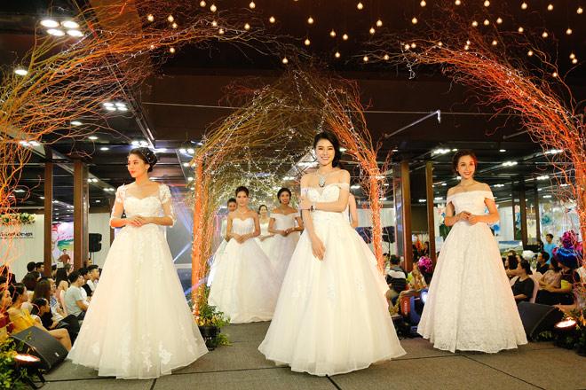 30 bộ trang sức cưới của Bảo Tín Minh Châu trình diễn tại triển lãm Trống Đồng - 8