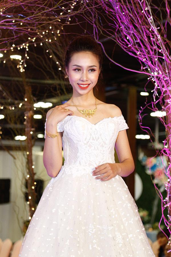 30 bộ trang sức cưới của Bảo Tín Minh Châu trình diễn tại triển lãm Trống Đồng - 4