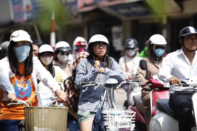 Nắng nóng điên cuồng, Hà Nội có phá kỷ lục 42,5 độ C năm 2017? - 1