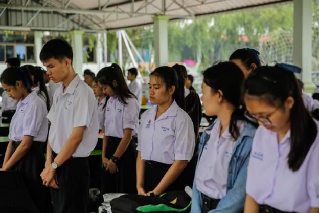 NÓNG: Toàn bộ 13 thành viên đội bóng Thái Lan đã được cứu khỏi hang - 11