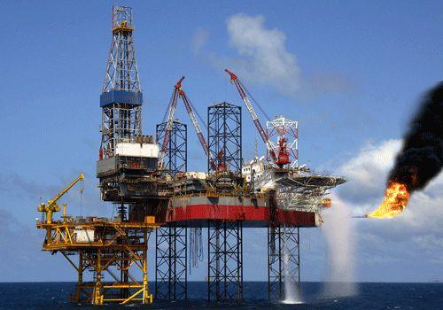 Hơn 1 triệu tấn dầu thô ngoại đổ vào Việt Nam, giá tăng 400%