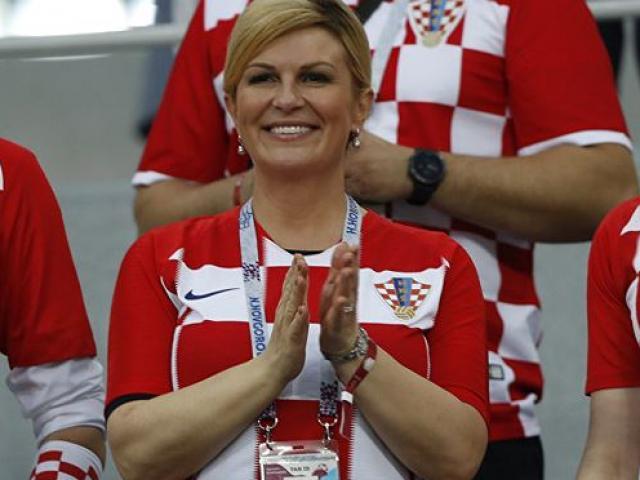 Không chỉ mê bóng đá, nữ tổng thống Croatia còn có học vấn đáng nể