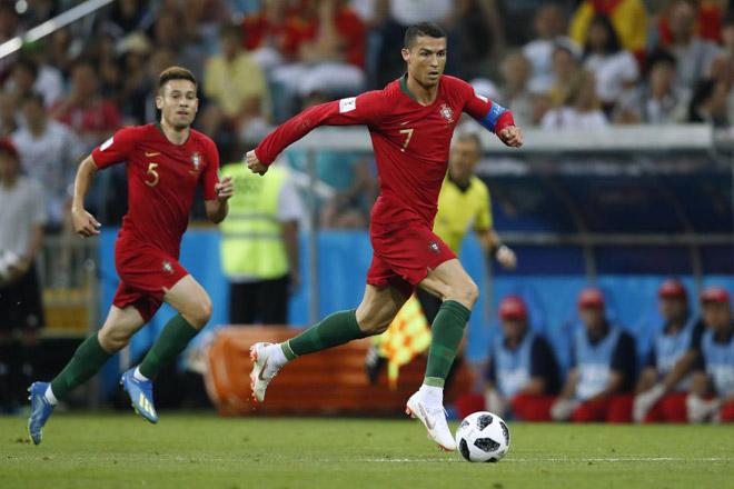 """""""Vua tốc độ"""" World Cup: Mbappe chạy """"xé gió"""" chưa là gì với Ronaldo - 2"""