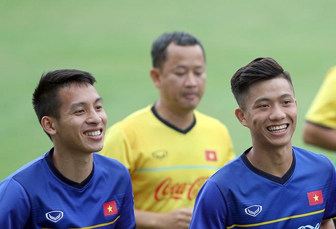 """HLV Park Hang Seo gây sốc: 11 SAO bự U23 Việt Nam """"ra rìa"""" - 7"""