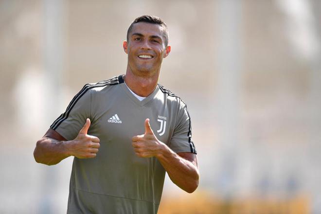 """Ronaldo đoạn tuyệt ân tình Real: Triệu fan """"sốc nặng"""", bùng nổ tranh cãi - 1"""
