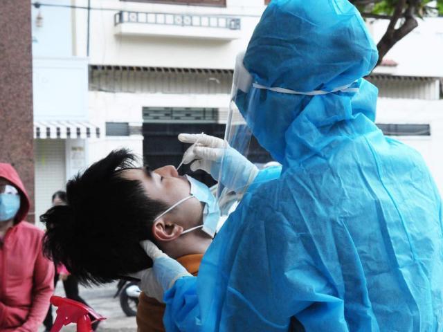 Bộ Y tế hoả tốc yêu cầu xét nghiệm test nhanh COVID-19 với các tài xế chở hàng