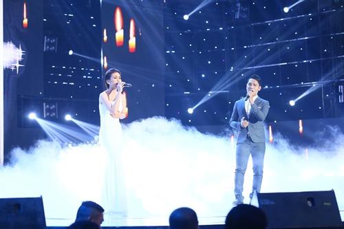Xúc động với màn tái hiện hình ảnh Minh Thuận trên sân khấu - 1