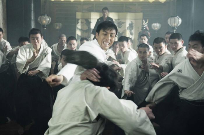 Màn võ thuật đỉnh cao của Chân Tử Đan với trăm đối thủ - 2