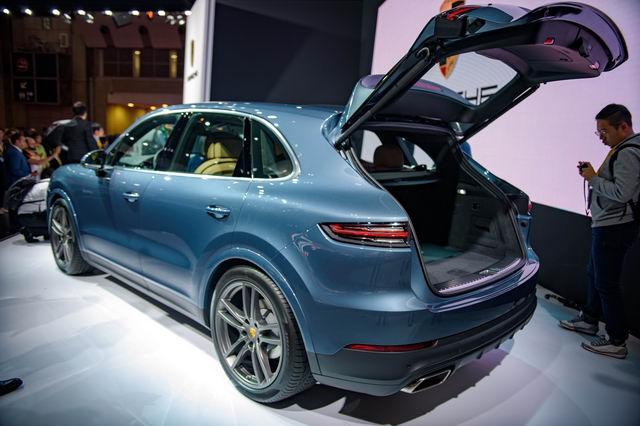 Porsche Cayenne 2018 sắp ra mắt Việt Nam - 3