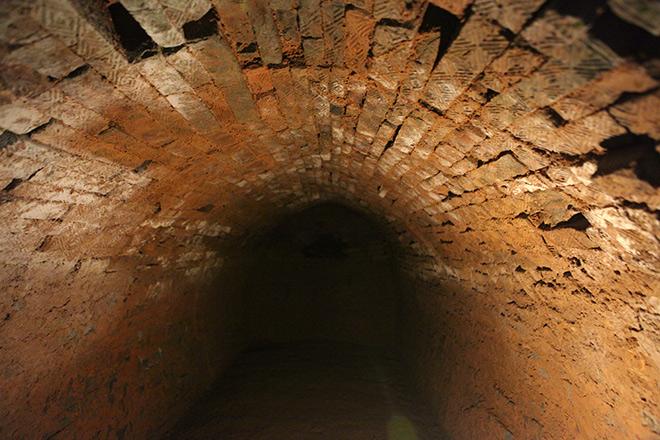 Bí ẩn hầm mộ nhiều ngách giữa lòng Hà Nội - 7
