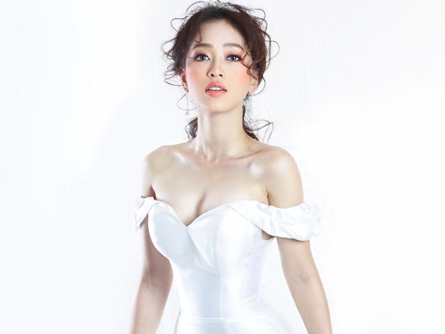 Á hậu Phương Nga lần đầu mặc váy cưới
