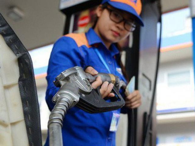 Giá xăng dầu biến động trái chiều, Việt Nam giảm mạnh nhập khẩu từ hầu hết các thị trường