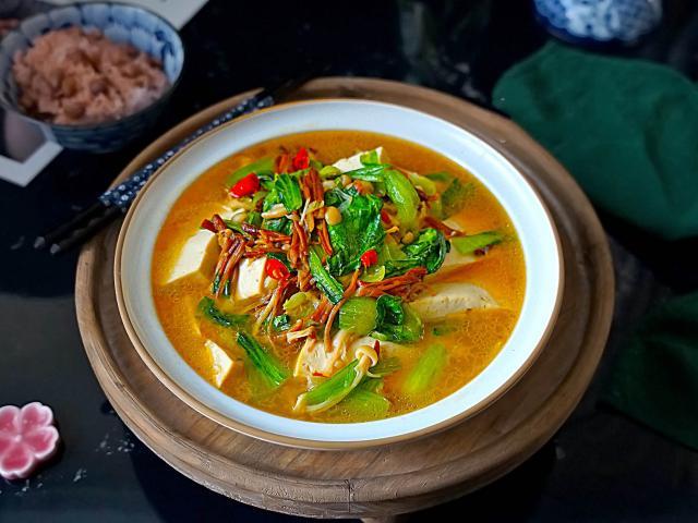 Tốt hơn cả thịt cá, món canh rẻ tiền này cực kỳ bổ dưỡng cho ngày lạnh