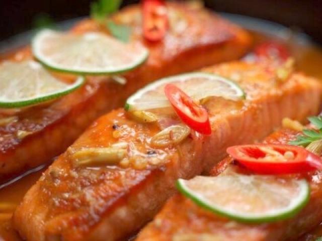 Cá hồi nấu với nguyên liệu này vừa thơm vừa mềm, ngon khó cưỡng